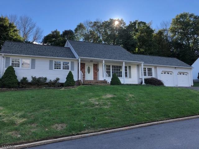 28 Fox Hill Dr, Dover Town, NJ 07801 (MLS #3508977) :: The Dekanski Home Selling Team