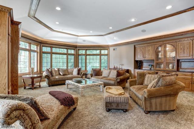 10 Hastings Ln, Livingston Twp., NJ 07039 (MLS #3509713) :: SR Real Estate Group