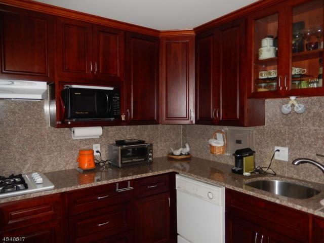 530 Valley Rd C001y 1Y, Montclair Twp., NJ 07043 (MLS #3513146) :: Zebaida Group at Keller Williams Realty
