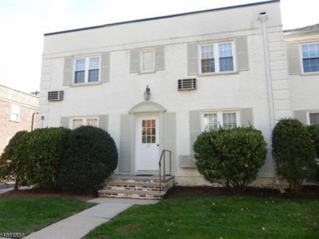 29 Parkway Vlg, Cranford Twp., NJ 07016 (#3514796) :: Daunno Realty Services, LLC