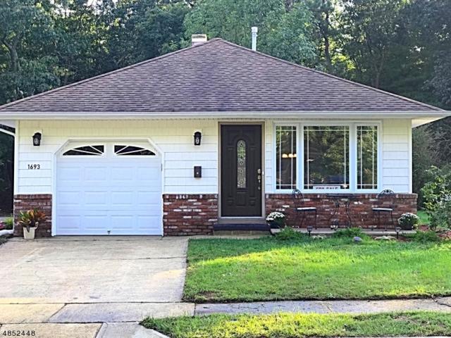 1693 Mount Everest Ln, Toms River Township, NJ 08753 (#3515557) :: Daunno Realty Services, LLC