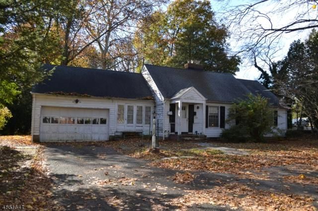 837 Lake Ave, Clark Twp., NJ 07066 (#3515584) :: Daunno Realty Services, LLC