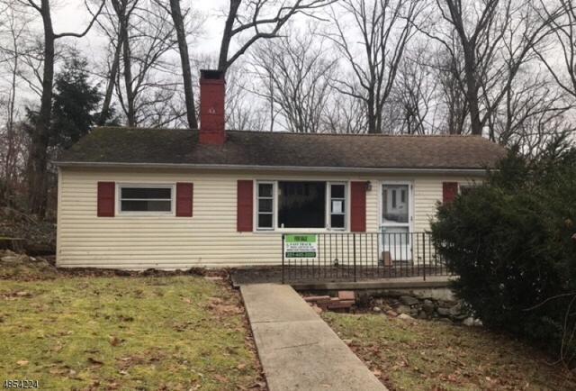 42 E Shawnee Trl, Jefferson Twp., NJ 07885 (MLS #3517298) :: Coldwell Banker Residential Brokerage