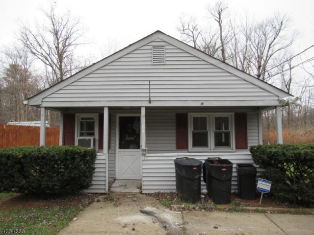 64 Mase Rd, Jefferson Twp., NJ 07849 (MLS #3517573) :: William Raveis Baer & McIntosh