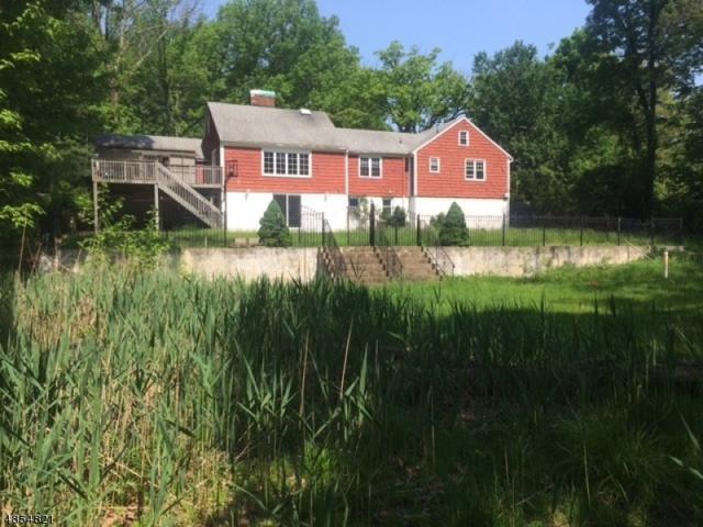 10 Ford Ln, Roseland Boro, NJ 07068 (MLS #3517893) :: SR Real Estate Group