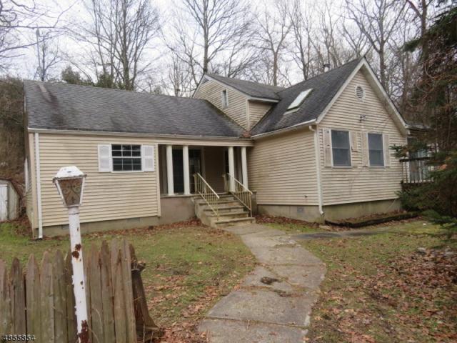 22 Elizabeth Rd, West Milford Twp., NJ 07421 (MLS #3519262) :: SR Real Estate Group