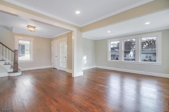 124 Hillcrest Ave, Cranford Twp., NJ 07016 (MLS #3519438) :: The Dekanski Home Selling Team