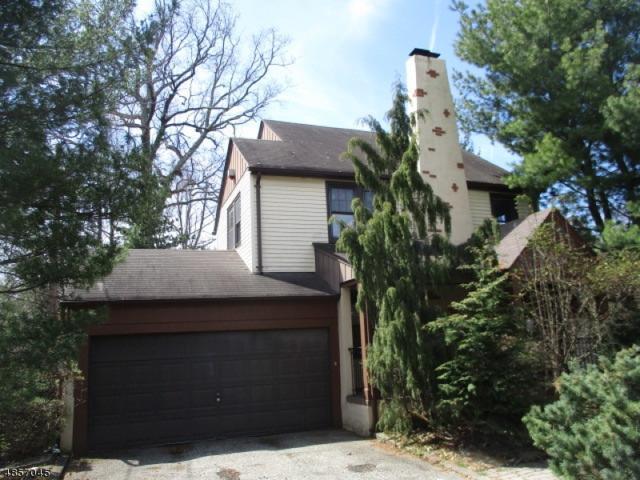52 Brookfield Rd, Montclair Twp., NJ 07043 (MLS #3519875) :: Coldwell Banker Residential Brokerage