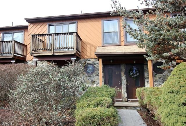 2 Brookside Hts H, Wanaque Boro, NJ 07465 (MLS #3520968) :: Coldwell Banker Residential Brokerage