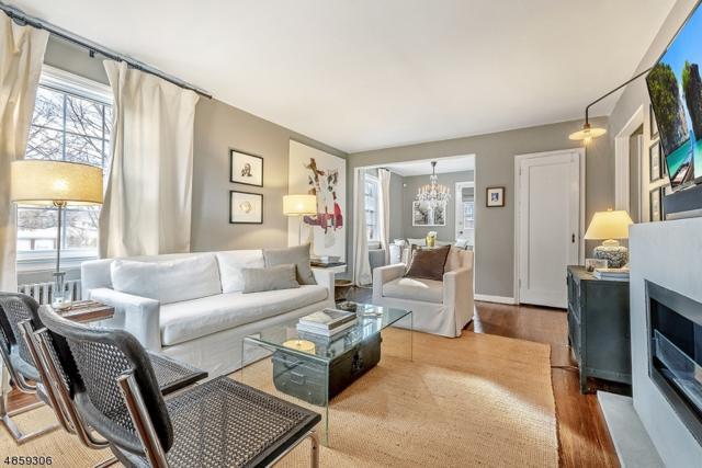 289 Elmwood Ave, Maplewood Twp., NJ 07040 (#3523046) :: Jason Freeby Group at Keller Williams Real Estate