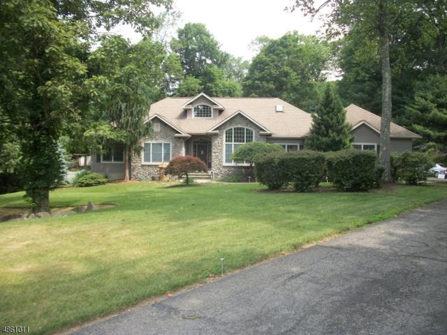16 Stone Ridge Rd, Vernon Twp., NJ 07461 (MLS #3523398) :: The Debbie Woerner Team