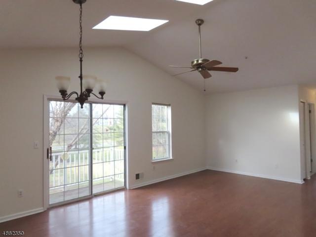 26 Potomac Dr, Bernards Twp., NJ 07920 (MLS #3524683) :: Coldwell Banker Residential Brokerage