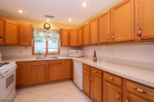727 Vernon Ave, Kenilworth Boro, NJ 07033 (MLS #3526185) :: The Dekanski Home Selling Team