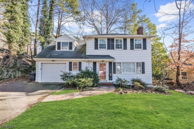 60 Pine Terrace East, Millburn Twp., NJ 07078 (MLS #3526553) :: The Sue Adler Team