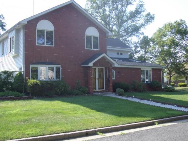 658 Grove St, Rahway City, NJ 07065 (MLS #3534857) :: The Debbie Woerner Team