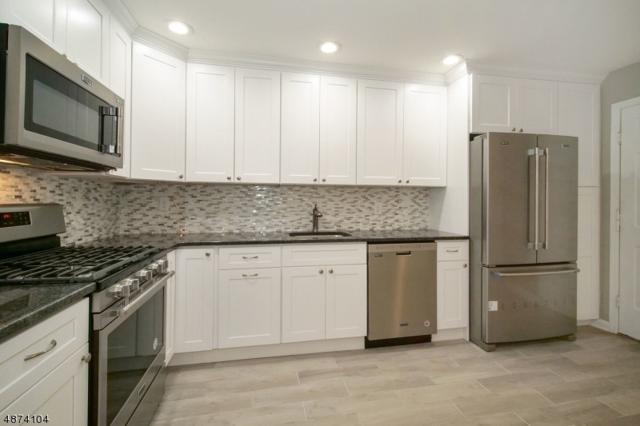 9 Shelley Pl, Morris Twp., NJ 07960 (MLS #3534913) :: Coldwell Banker Residential Brokerage