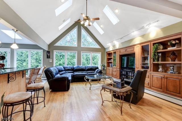 103 New Brook Ln, Springfield Twp., NJ 07081 (MLS #3540858) :: The Dekanski Home Selling Team