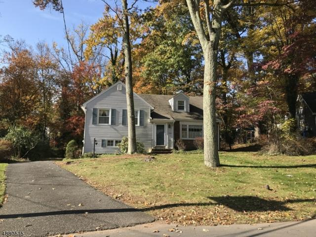 1376 Stony Brook Ln, Mountainside Boro, NJ 07092 (MLS #3540972) :: The Douglas Tucker Real Estate Team LLC