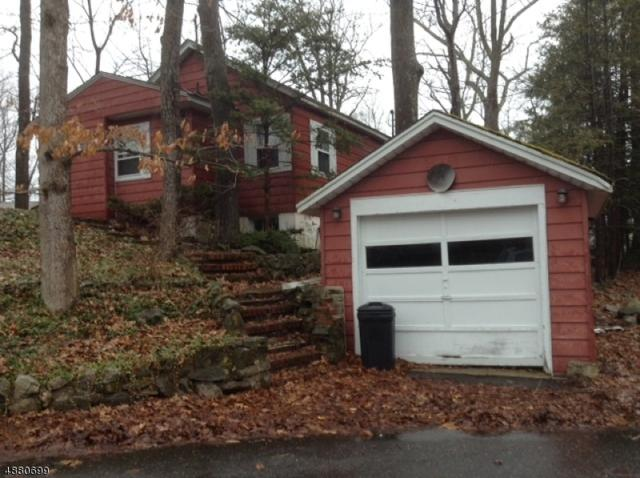 44 Strawberry Dr, Byram Twp., NJ 07821 (MLS #3541084) :: SR Real Estate Group