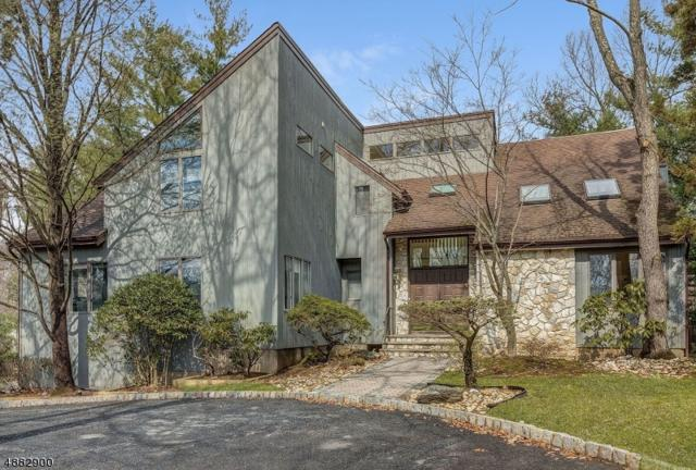 19 Hemlock Rd, Livingston Twp., NJ 07039 (MLS #3543099) :: The Sue Adler Team