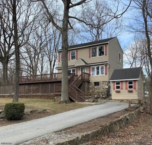 10 Burrow Rd, West Milford Twp., NJ 07421 (MLS #3544144) :: The Debbie Woerner Team