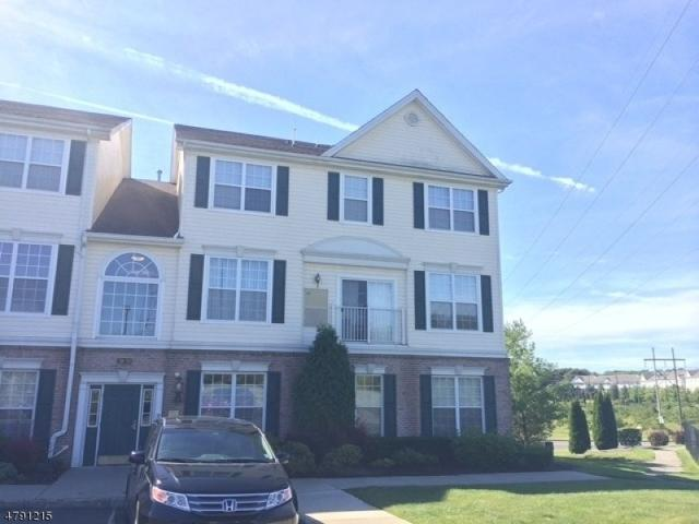 246 Windmill Ct, Lopatcong Twp., NJ 08865 (MLS #3545766) :: Weichert Realtors