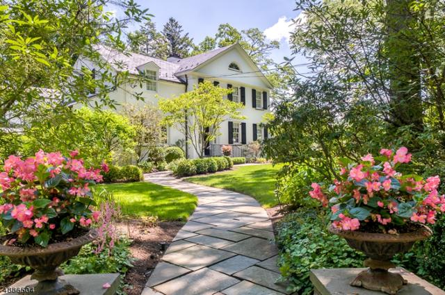 92 Lake Rd, Millburn Twp., NJ 07078 (MLS #3547073) :: The Dekanski Home Selling Team