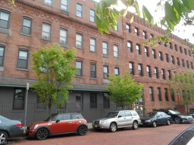 39 Bruen St #17, Newark City, NJ 07105 (MLS #3551432) :: The Dekanski Home Selling Team