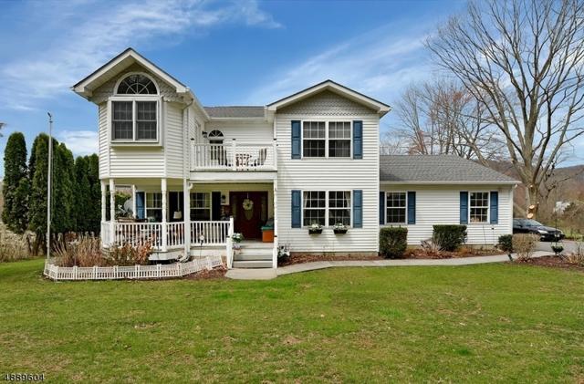 47 Tamarack Rd, White Twp., NJ 07823 (#3553359) :: Jason Freeby Group at Keller Williams Real Estate