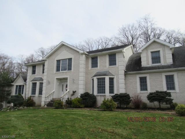 24 Stonehedge Dr, Hardyston Twp., NJ 07460 (#3556005) :: Daunno Realty Services, LLC
