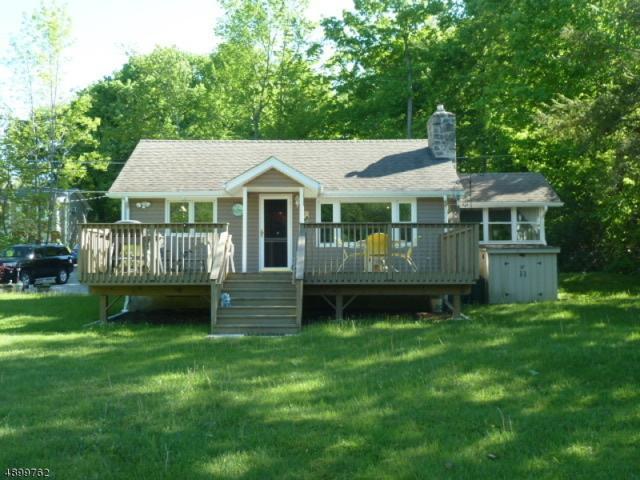 307 E Lakeshore Dr, Vernon Twp., NJ 07422 (MLS #3558900) :: SR Real Estate Group