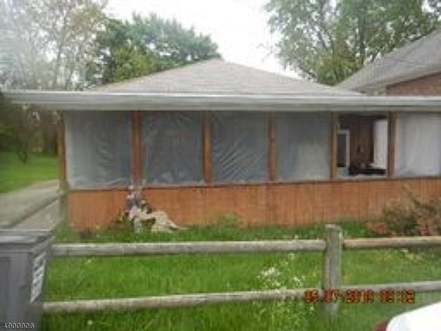 5 Thatcher Ave, Franklin Twp., NJ 08886 (MLS #3559993) :: SR Real Estate Group