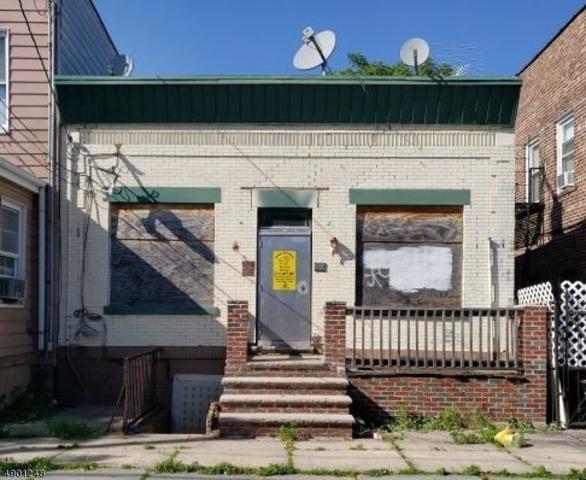 117 Davenport Ave, Newark City, NJ 07107 (MLS #3562572) :: REMAX Platinum