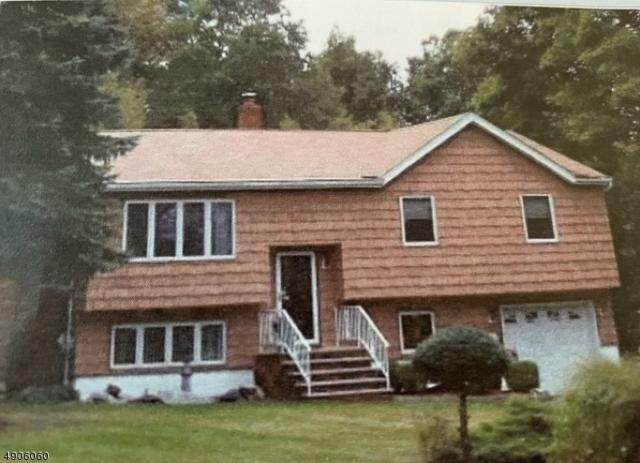 33 Maryann Rd, Jefferson Twp., NJ 07438 (MLS #3564744) :: The Dekanski Home Selling Team