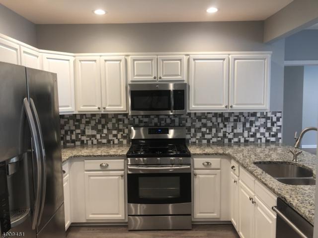 2105 Johnson Dr, Rockaway Twp., NJ 07866 (MLS #3568004) :: Coldwell Banker Residential Brokerage
