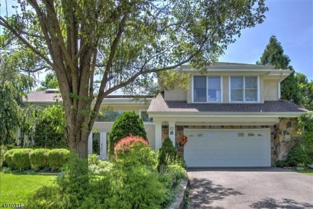 17 Angelica Ct, South Brunswick Twp., NJ 08540 (MLS #3569788) :: Coldwell Banker Residential Brokerage