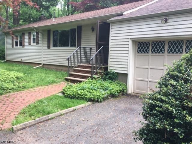 30 Livingston Ave, Warren Twp., NJ 07059 (MLS #3570048) :: The Sue Adler Team