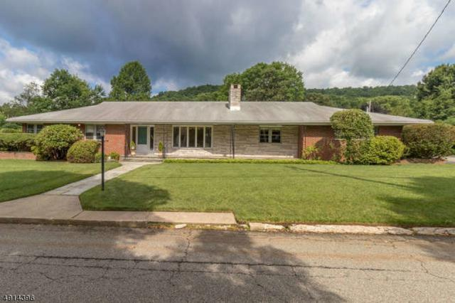 605 E Baldwin St, Hackettstown Town, NJ 07840 (MLS #3572598) :: The Debbie Woerner Team