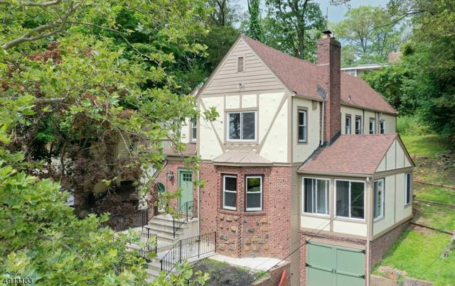 41 Burnett Ter, West Orange Twp., NJ 07052 (MLS #3573232) :: SR Real Estate Group