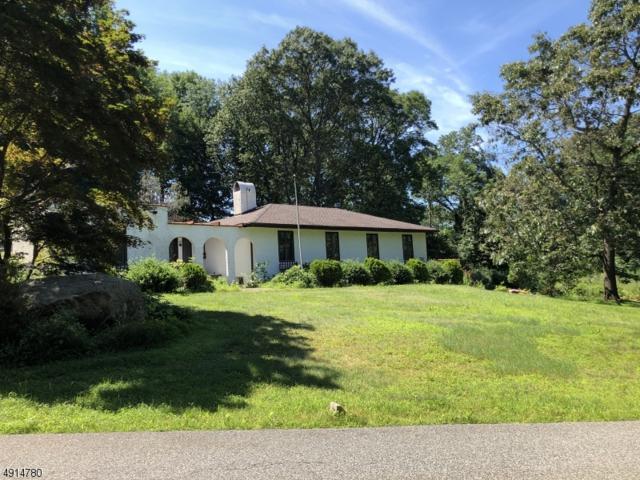 4 Honeysuckle Ln, Kinnelon Boro, NJ 07405 (MLS #3573297) :: Zebaida Group at Keller Williams Realty