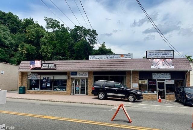 86 Main St, Bloomingdale Boro, NJ 07403 (MLS #3575045) :: Mary K. Sheeran Team