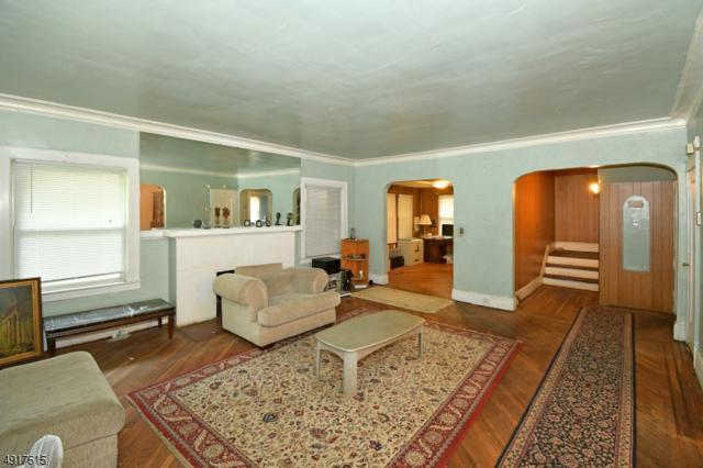 318 Meeker Ave, Newark City, NJ 07112 (MLS #3575513) :: William Raveis Baer & McIntosh