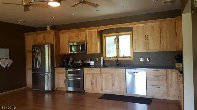5 Casco Rd, Vernon Twp., NJ 07422 (MLS #3576368) :: The Dekanski Home Selling Team