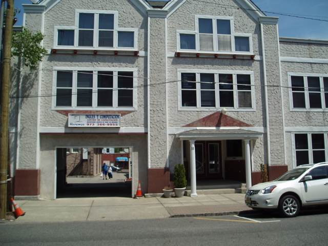 10 N Sussex St   A B, Dover Town, NJ 07801 (MLS #3588866) :: United Real Estate - North Jersey