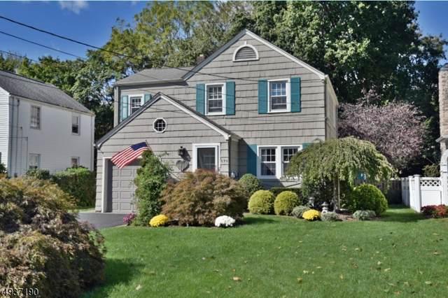 570 Barnett Pl, Ridgewood Village, NJ 07450 (MLS #3593520) :: The Debbie Woerner Team