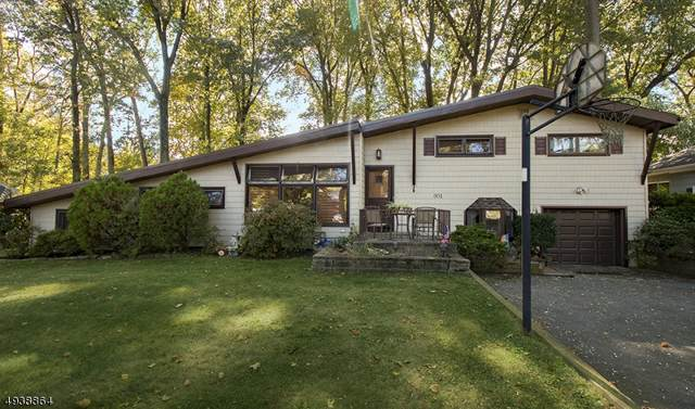 301 Cherry Hill Rd, Mountainside Boro, NJ 07092 (MLS #3595610) :: The Dekanski Home Selling Team