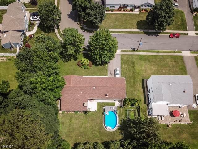 11 Gaede Pl, Wayne Twp., NJ 07470 (MLS #3596533) :: The Karen W. Peters Group at Coldwell Banker Residential Brokerage