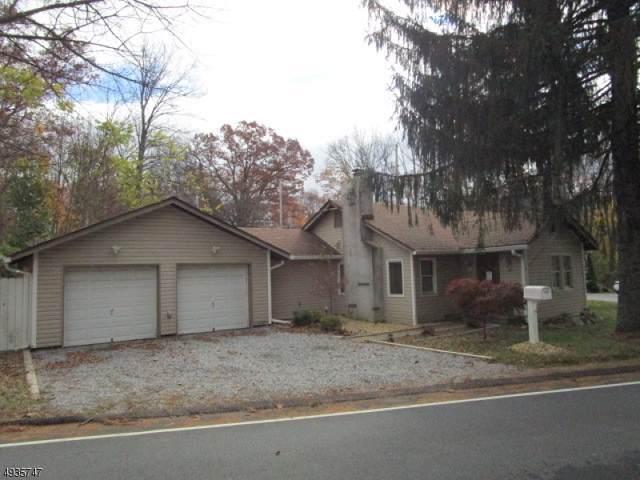 36 Wawayanda Rd, Vernon Twp., NJ 07422 (MLS #3598298) :: The Dekanski Home Selling Team