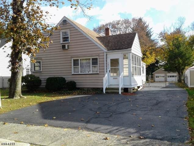 1074 Colfax Ave, Pompton Lakes Boro, NJ 07442 (MLS #3600062) :: The Karen W. Peters Group at Coldwell Banker Residential Brokerage