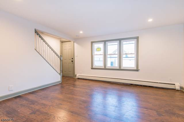 90 W Emerson Ave, Rahway City, NJ 07065 (MLS #3605898) :: Coldwell Banker Residential Brokerage